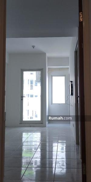 Disewakan Apartemen Puncak CBD 2 BR semi furnished #99383260