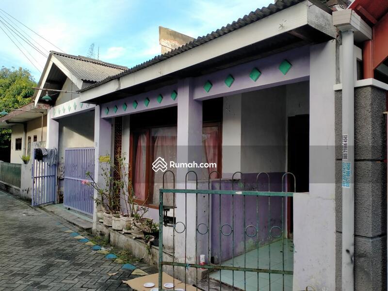 Dijual Rumah murah siap huni di Ketintang Surabaya dekat Royal Plaza #105246532