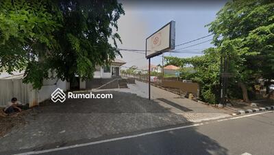 Dijual - Tanah Cocok Komersil di Semarang, Bisa bangun gedung perkantoran atau jadi restoran. Lokasi strategi