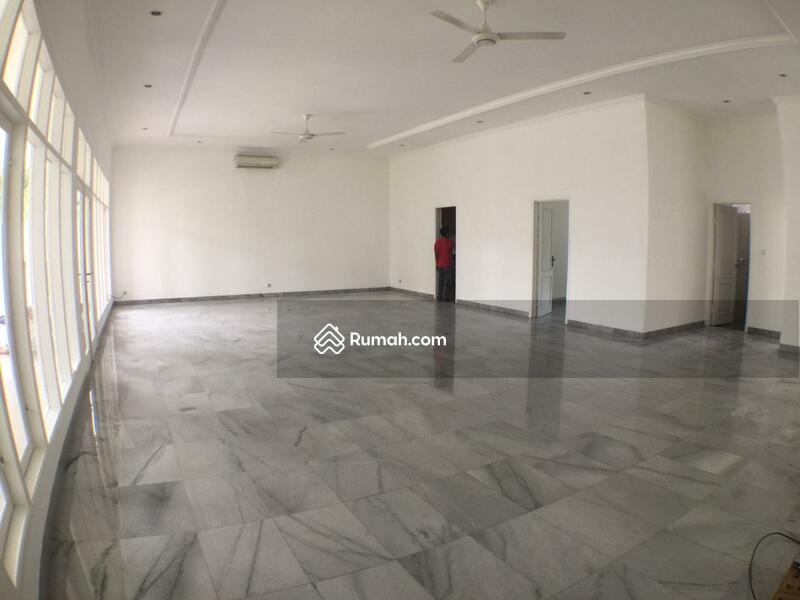 For Rent Beautiful One Storey House in Kemang Dalam #99579368