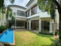 Disewa - Disewakan Rumah Cantik dengan private pool