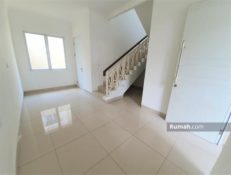 Rumah langka samping penghijauan 2 lantai 6x15 90m Type 3+1 Cluster Thames JGC Jakarta Garden City #104141094