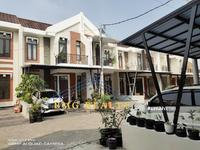 Dijual - Rumah Ready, Mewah 2 Lantai Harga 800 Jtan di Pamulang