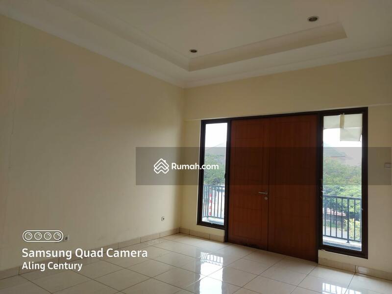 Disewakan Rumah 2 lantai di Heliconia, Harapan Indah, Bekasi #99669196