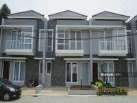 Dijual - Rumah 900 juta di aracelli residence 2