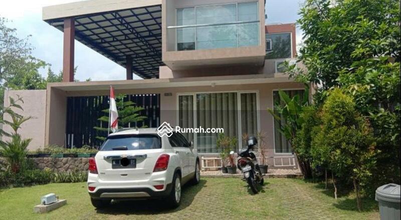 Villa #99812528