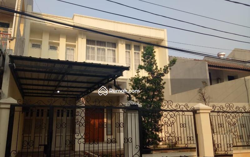 Rumah Cempaka Putih Siap Huni dengan Harga dibawah Pasaran #99838958