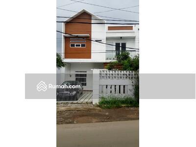 Dijual - Rumah 2lantai pinggir jalan bambu apus