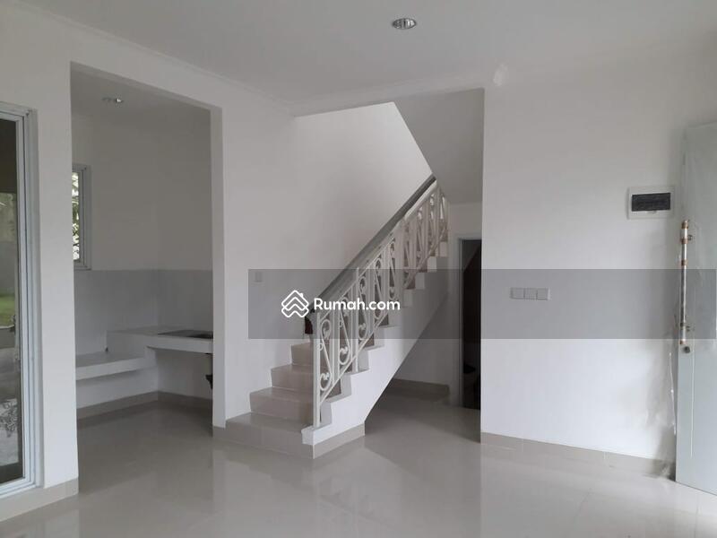 Rumah brand new siap huni 2lt 8x15 120m Type 3+1KT di Cluster Thames JGC Jakarta Garden City Cakung #99993412