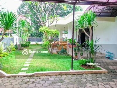 Dijual - Rumah Komp Auri Jatiwaringin