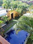Villa 2 bedroom 2 lantai semi open living di jalan raya semer kerobokan full furnished