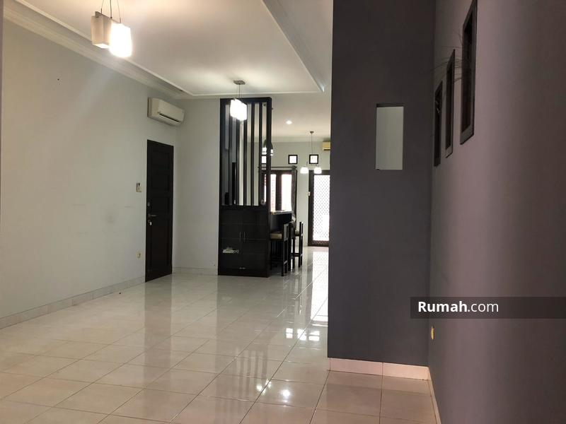 Disewakan rumah dalam komplek area cilandak siap huni #100195936