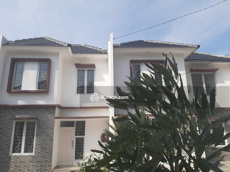 Exclusive Town House Dua Lantai Teristimewa Free Design Disc 50 Jt #100353698