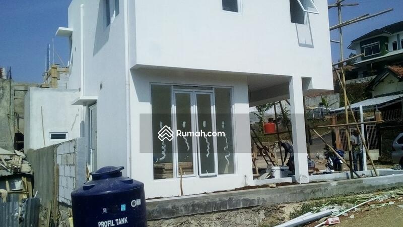 Dijual rumah  di  Cikutra Bandung #100551760