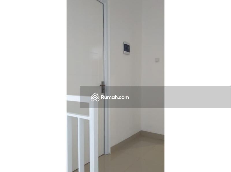Jual rumah dekat stasiun harga murah 2 lantai samping mall aeon bsd #105805446