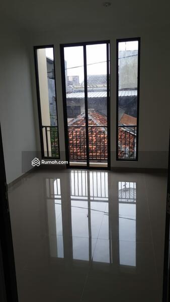 Rumah baru minimalis dgn tata ruangan bagus dan simple #108358032
