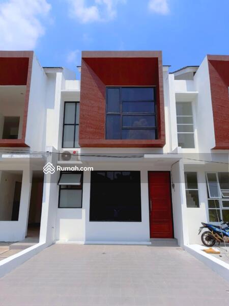 Rumah Tropis Dekat Tol Andara, MRT dan Citos #106624458