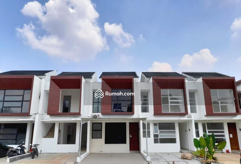 Rumah Tropis Dekat Tol Andara, MRT dan Citos #106624460