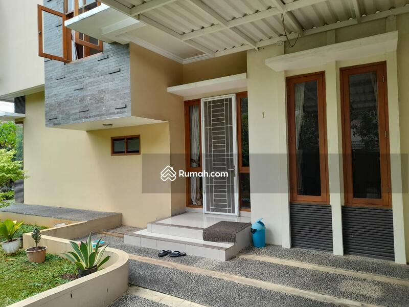 Rumah Pulomas, Siap Huni, Lingkungan Asri Nyaman #101201294