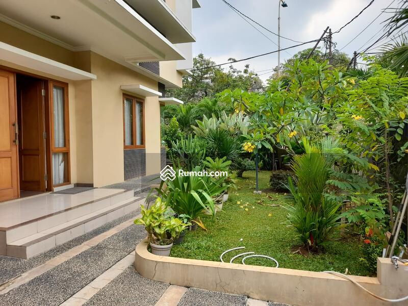 Rumah Pulomas, Siap Huni, Lingkungan Asri Nyaman #101201296