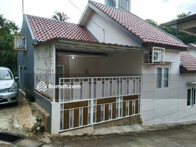 Dijual - Rumah secondary dalam kavlingan