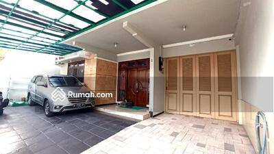 Dijual - Rumah Kualitas Mewah dengan lingkungan yang tenang dan nyaman