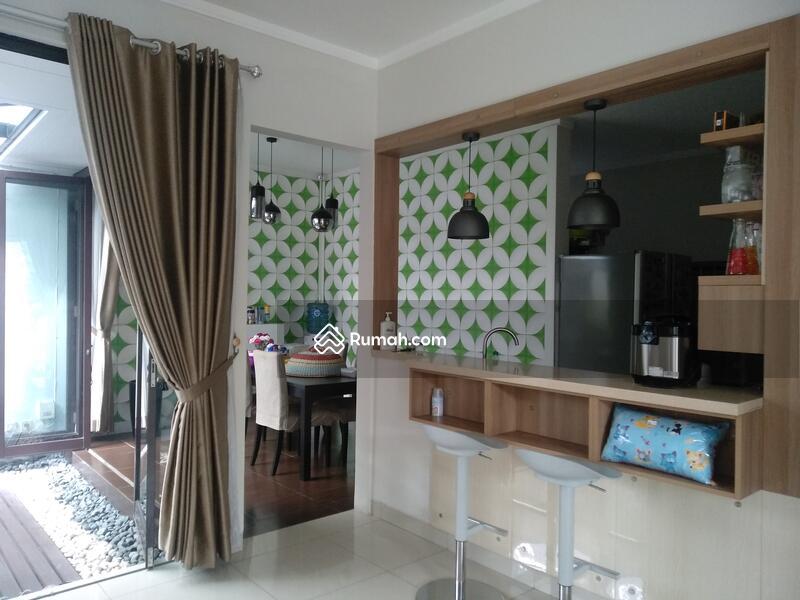 Di Jual RUMAH Cantik Dan HOOK Di Discovery Bintaro Tangerang selatan #101387094