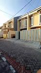 Dijual Rumah Baru 2 lantai Grand Wiguna , Surabaya 1M-an