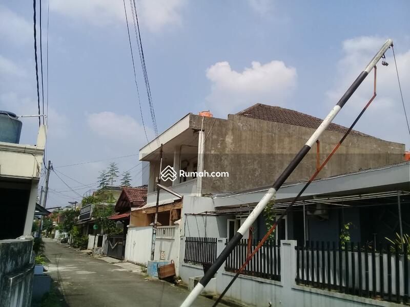 rumah mewah murah strategis dekat jalur transjakarta ciputat #105742668