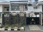 Rumah Terawat di Taman Ratu, Kedoya