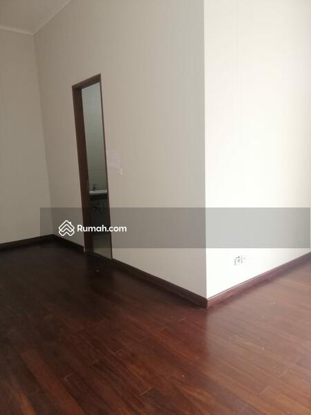 Rumah Cantik 2 Lantai siap Huni Nyaman Asri Kawasan Elite KEBAYORAN RESIDANCE BINTARO #101414826