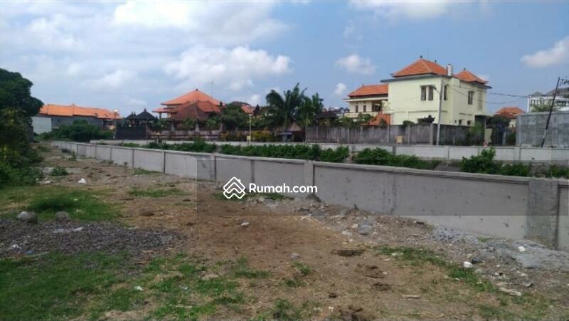 Tanah untuk bangunan komersil di Seminyak Bali #101417772
