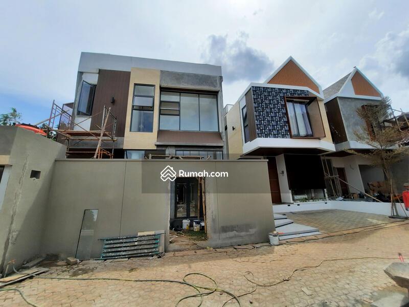 Townhouse Skandinavian Last Unit Dengan Sky Rooftop Di Jati Padang Selangkah Ke CBD Simatupang #101438346