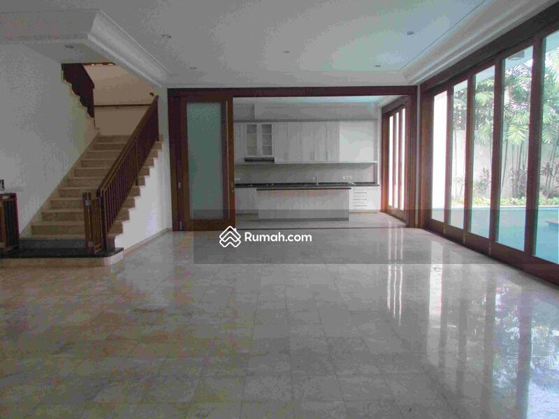 Rumah 6 Kamar Tidur di Cipete Jakarta Selatan #101451722