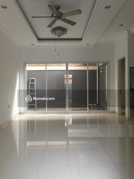 Brand New Rumah Minimalis & Lux, Dalam Komplek Di Pasar Minggu #101452556