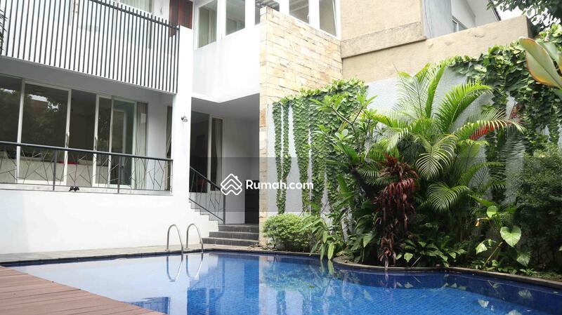 Townhouse Semifurnished di Cipete Jakarta Selatan #101455934