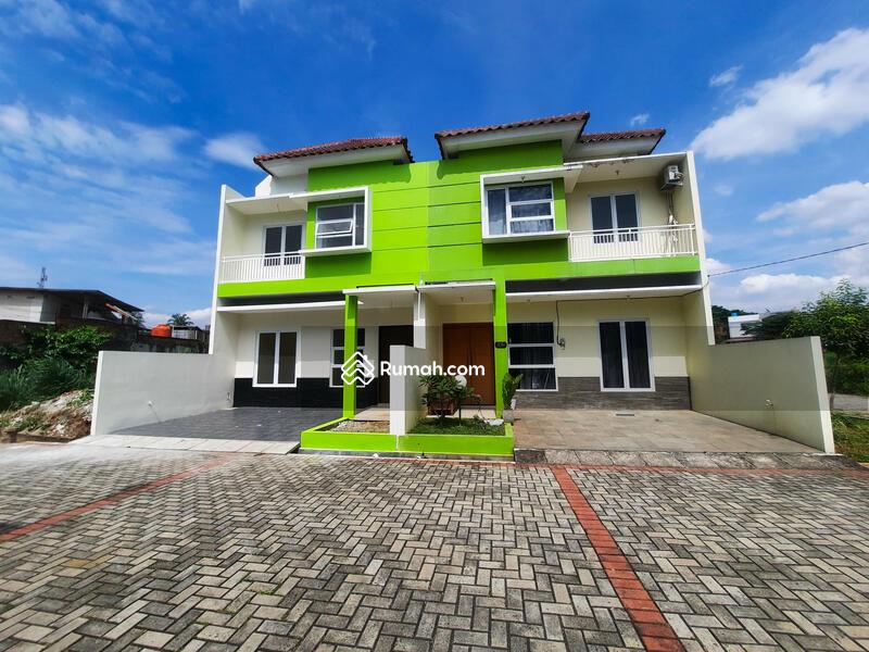 Rumah Dalam Cluster Ciracas Fasilitas Lengkap Selangkah ke LRT City Ciracas Dan Tol Jagorawi #101459362