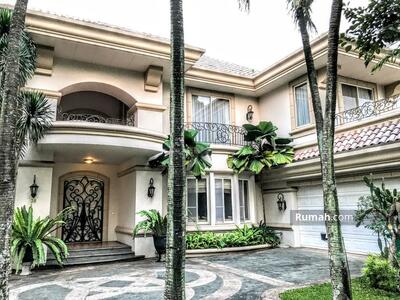 Disewa - Luxury Modern House with Golf View at Lippo Village