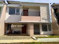 Dijual - Rumah Mewah Megah Dekat Universitas ITB Jatinangor