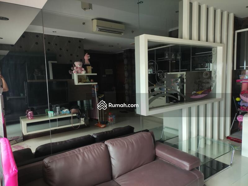 Apartmen Supermall Pakuwon Indah, Waterplace Tower A! #101742996