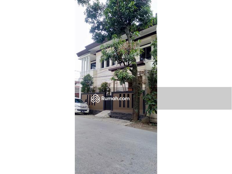 Rumah mewah sangat megah di Antapani lokasi strategis #101763838