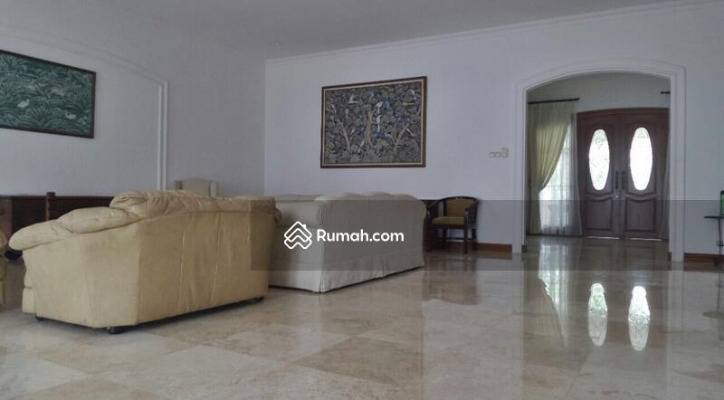 Nice and Spacious 3BR House With Pool @ Jl Jeruk Purut - Cilandak #101771380