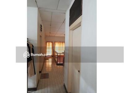 Dijual - Turun harga Dijual rumah tua di Duri Kepa Di Jalan Utama lokasi strategis