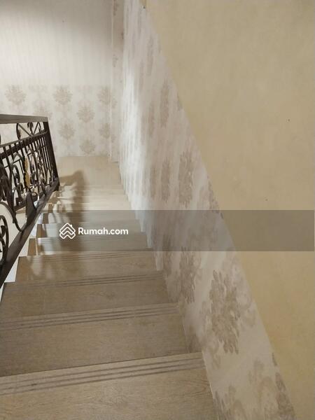 Rumah bagus, cantik dan murah lokasi Matraman #101818634