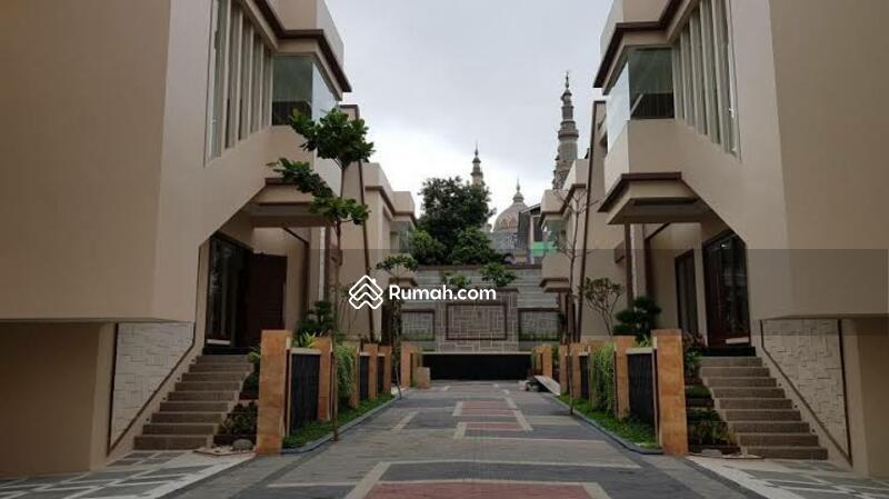 READY STOCK! Siap Huni. Town House Mewah 3 Lantai di Ragunan, Jakarta Selatan #101839606
