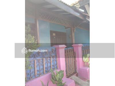 Dijual - 5 Bedrooms Rumah Kampung Rambutan, Jakarta Timur, DKI Jakarta