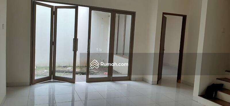 Rumah 4KT Baru Renovasi di Cluster Emerald Bintaro 9 #102188770