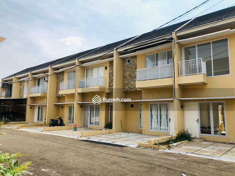 Rumah mewah 2 lantai dekat stasiun cisauk Dijual #106566026