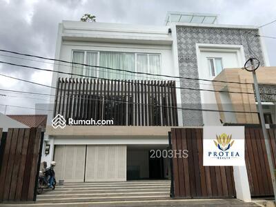 Dijual - 10+ Bedrooms Rumah Cipete, Jakarta Selatan, DKI Jakarta