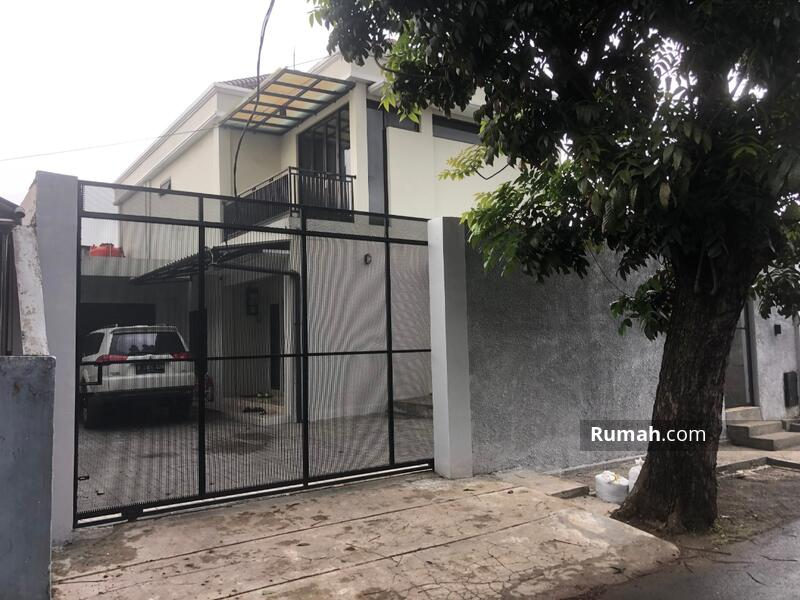 Rumah Gedung Mewah Besar Murah 2 Lantai Di Jakarta #102250856